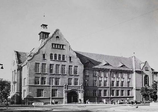 1947-1